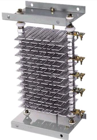 电阻器在电路中主要用来调节和稳定电流与电压,可作为分流器和分压器